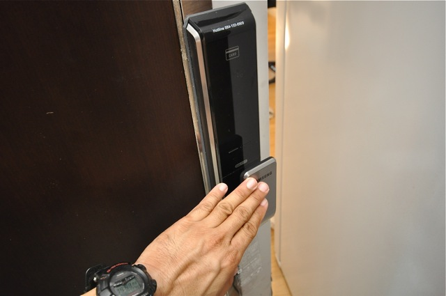 Samsung digital door lock SHS-P717 Equinox condo